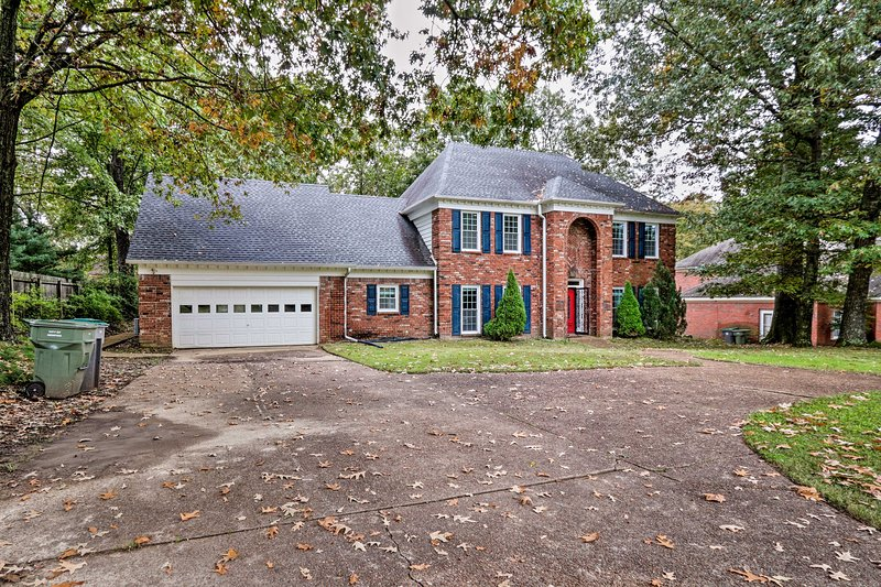Pet-Friendly House < 5 Miles to Shelby Farms Park!, holiday rental in Cordova