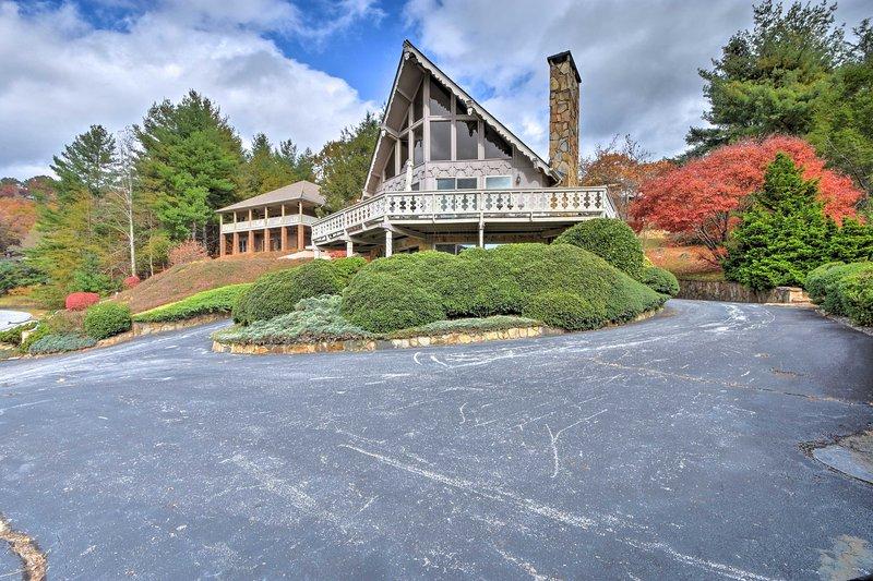 Con spazio per un gruppo di 6 persone, questa casa vacanza è un rifugio di montagna.