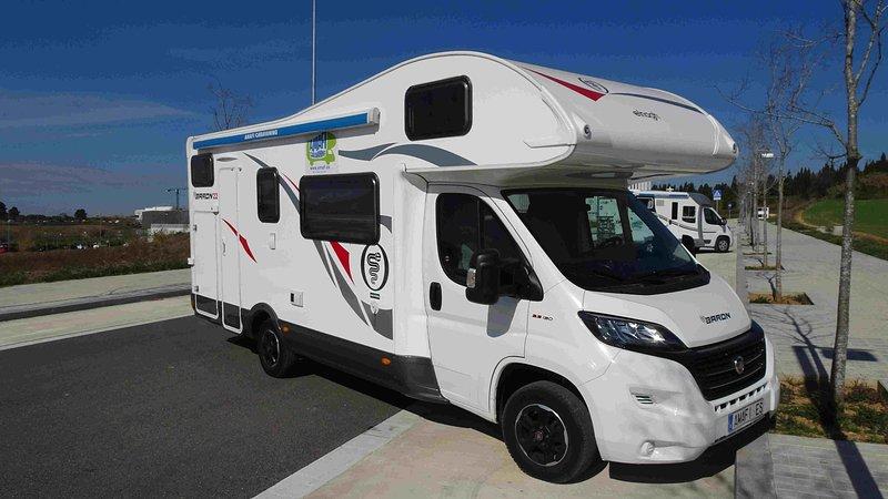 Alquiler de Autocaravana con servicio TODO INCLUIDO, casa vacanza a Caldes de Montbui