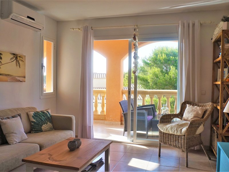 Cala Pi - Holiday apartment next to the beach, vacation rental in Cala Pi
