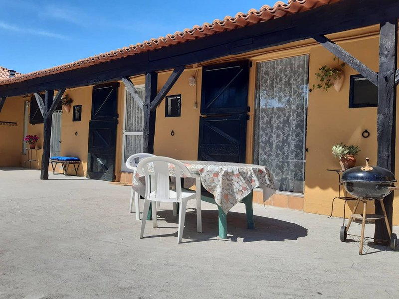 Beautiful apartment near the beach, location de vacances à A Lanzada
