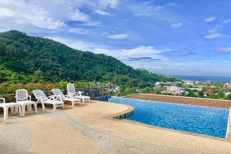 Cassia Blue Apartment, Phuket, Thailand, casa vacanza a Kata Noi Beach