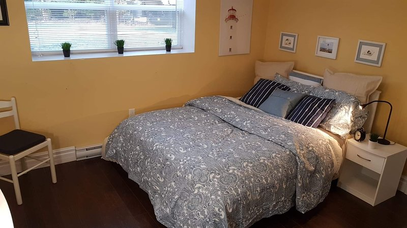 The Seacape~Private~Spacious~Apt~Close to Halifax/Peggy's Cove! Pets Welcome, location de vacances à Upper Tantallon