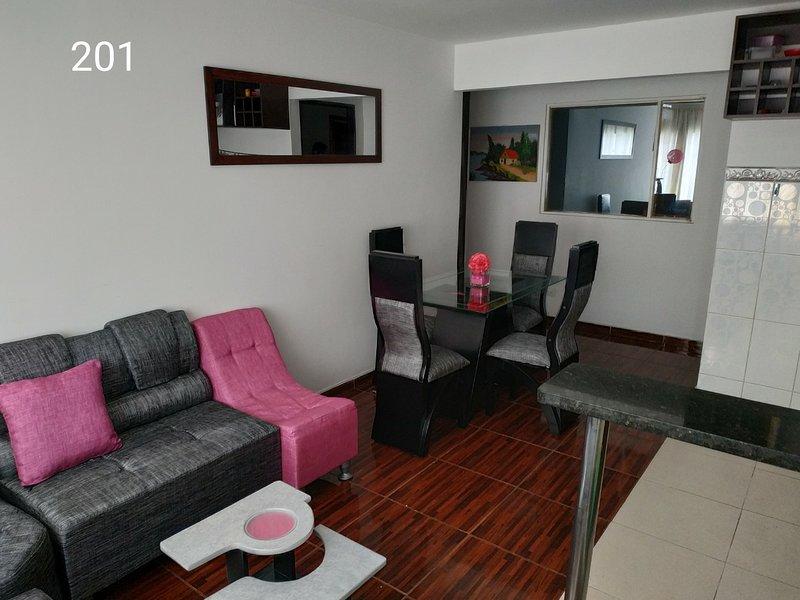 Hermoso apartamento completo en ciudad Montes, holiday rental in Tena