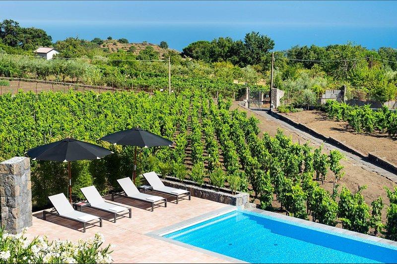 Villa Profumo, holiday rental in Pedara