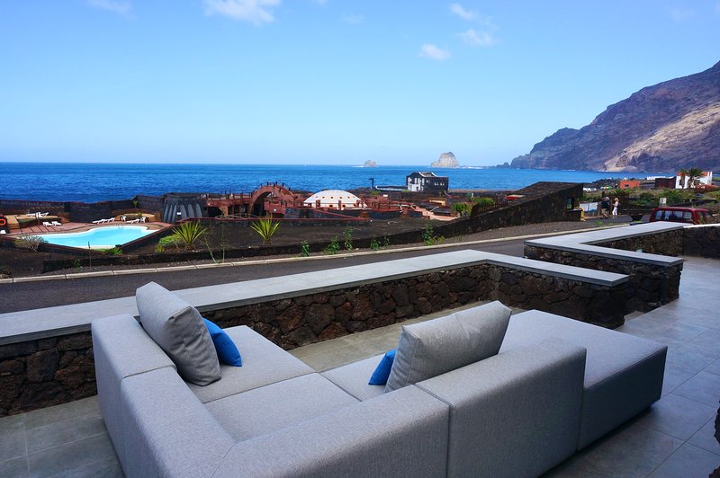 MARSALADA. Volcanic Rock House with stunning views., holiday rental in El Hierro