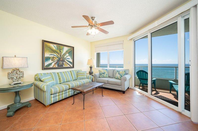 Silver Beach 804. Beachfront, Pet Friendly Condo that sleeps 6!, location de vacances à Orange Beach