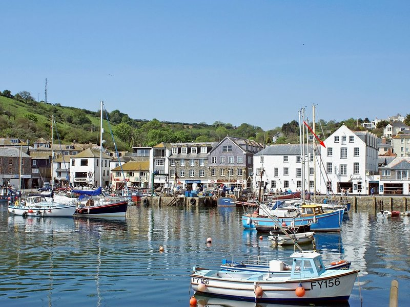 Harbourside Apartment, Mevagissey, Cornwall, vacation rental in Mevagissey