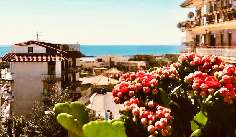 Via Solaro apartment, aluguéis de temporada em Trivio