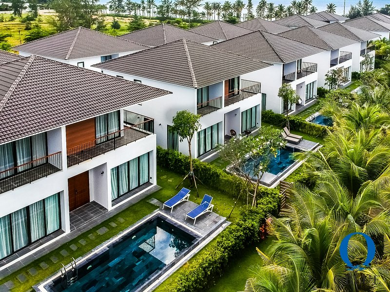 3 bedroom 5* Oblue Premier Villas 'Private Pool' and 'Private Beach', vakantiewoning in Phu Quoc Island
