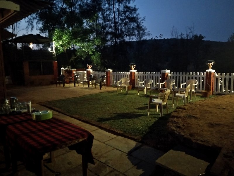 Whispering Woods Family Resort, Amba, Ferienwohnung in Kolhapur