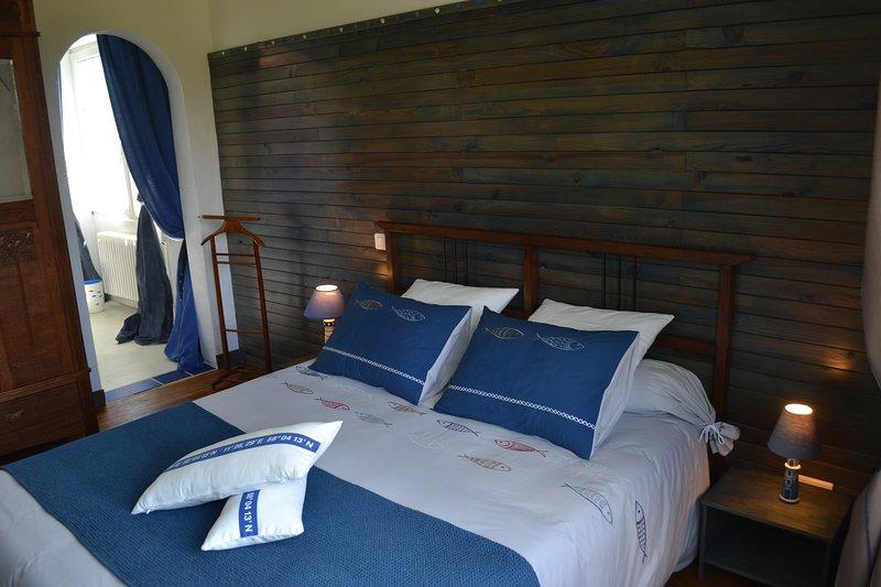 L Araucaria -chambre d'hôtes 'Marine', location de vacances à Ploerdut