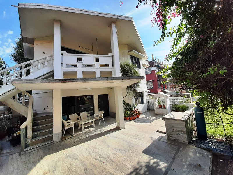 Comfort, Spirituality, Homeliness, Nature...Divine Paradise Homestay, holiday rental in Raipur