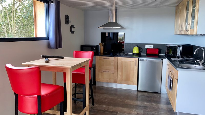 Gite 'Bois & Cailloux' au calme avec vue, aluguéis de temporada em Montgiscard