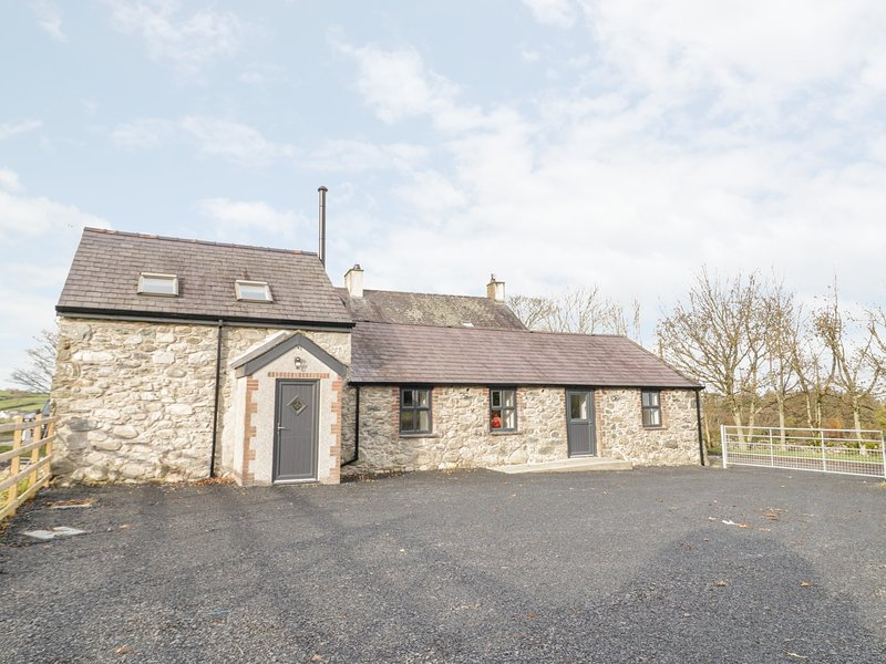 Rhydau Cottage, Deiniolen, holiday rental in Llanrug