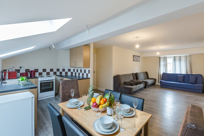 KYNSPARKS LUXURY apartments flat 6, casa vacanza a Kings Norton