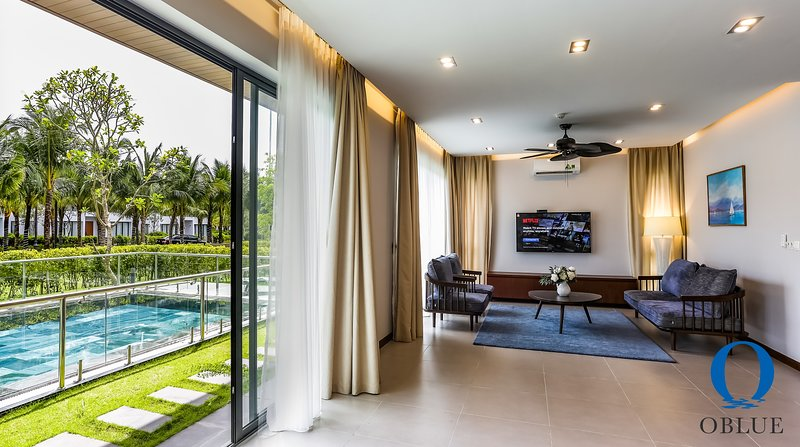 4 Bedroom 5* Oblue Premier Villa 'Private Pool' and 'Private Beach', vakantiewoning in Phu Quoc Island