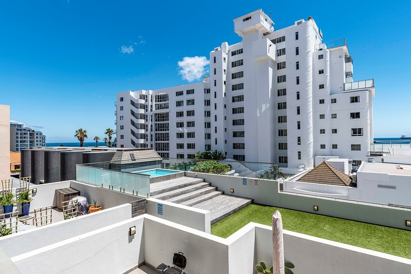 202 The Fairmont, Sea Point, vacation rental in Bantry Bay