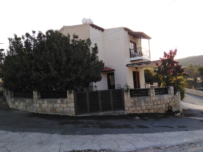 'Aloni'  (Aria), holiday rental in Pano Arodhes