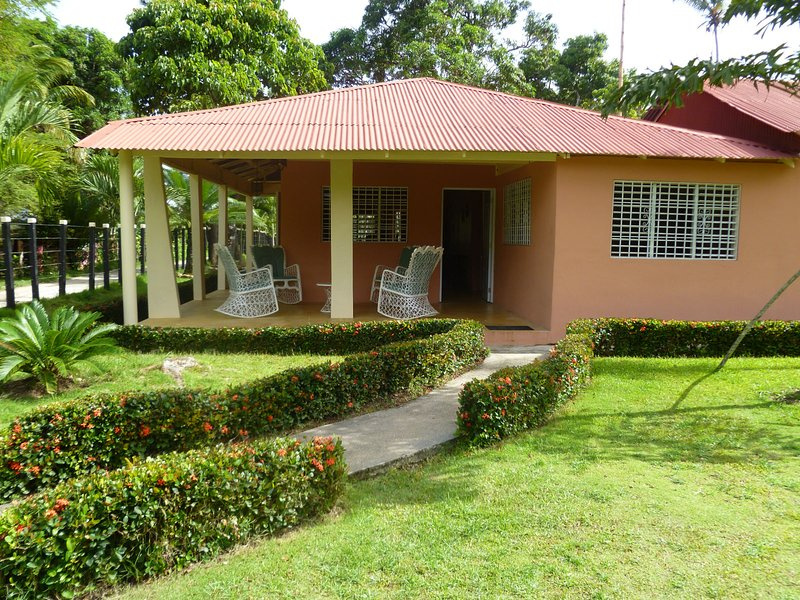 The Place to Enjoy Life, holiday rental in Los Robalos