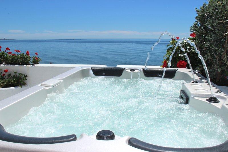 Apartamento de Lujo 'The Waterfront', vakantiewoning in Marbella