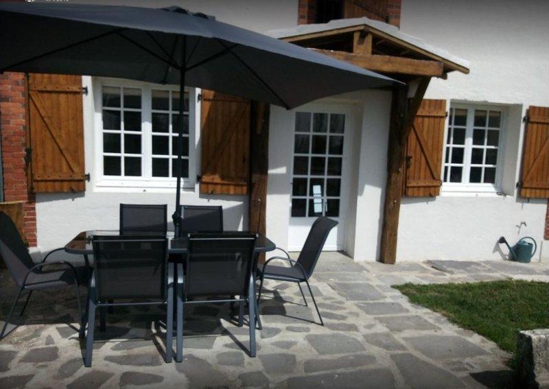 Gîte du Monbaillon, holiday rental in Saint-Pourçain-sur-Besbre