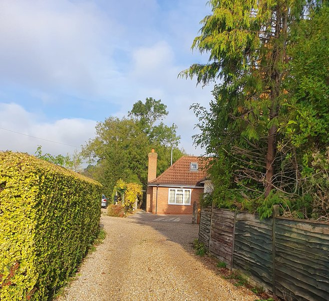 Perfect cottage retreat in Lincolnshire village!, holiday rental in North Thoresby