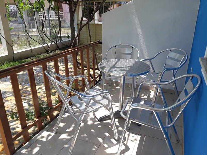 Beautiful apartment near the beach, casa vacanza a Velipoje