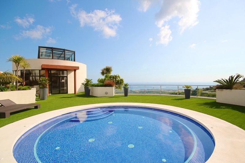 Holiday rental Apartment in Samara Resort Los Altos de Marbella, holiday rental in Ojen