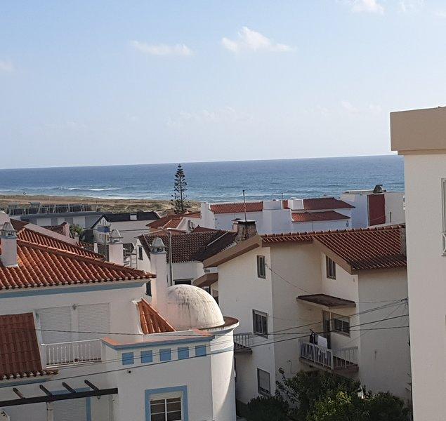 Nice apt near the beach, holiday rental in Seixal
