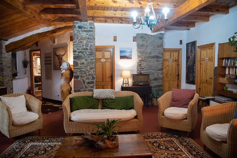 Amazing chalet with mountain view, vacation rental in Llavorsi