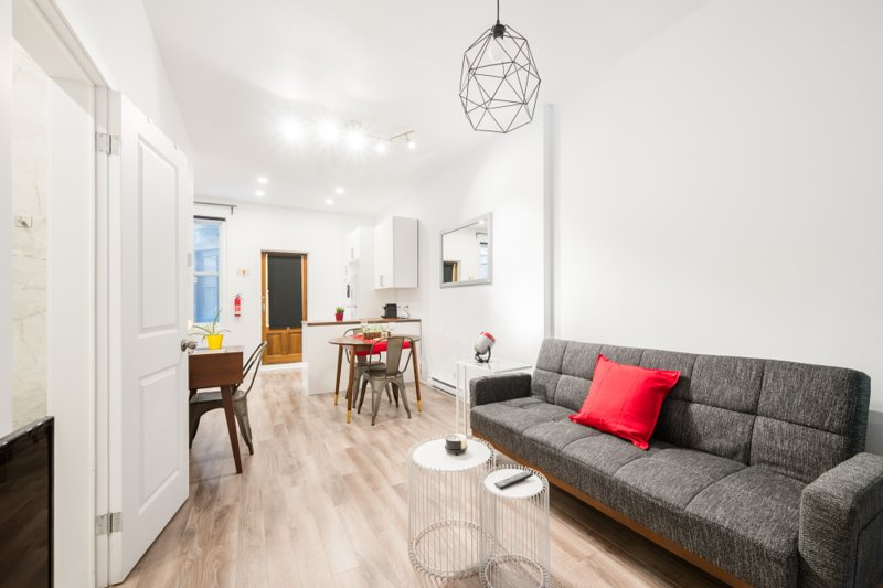 Bright & Contemporary Loft on Plateau - Boyer A, vacation rental in Montreal
