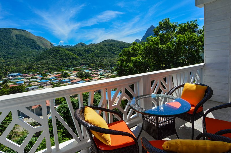 Sugar Apple Suite At Sugarmon Villas, alquiler de vacaciones en Soufrière