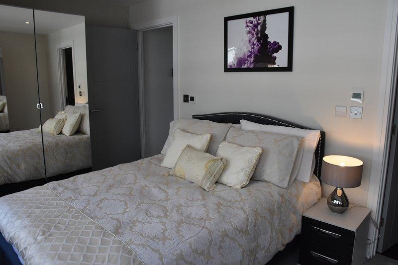 Northside Apartments Ealing - 2 Bedrooms, alquiler vacacional en Ealing