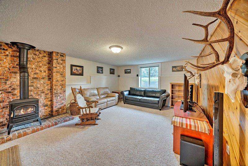 La casa de 4 camas y 2 baños está equipada con mucho espacio para su grupo.