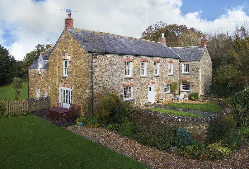 Trencreek Farmhouse, casa vacanza a Tregony