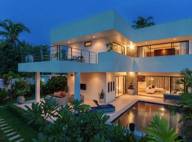3 Bedroom 5* Luxury Villa ~ 5 minutes walk to beach, holiday rental in Mae Nam