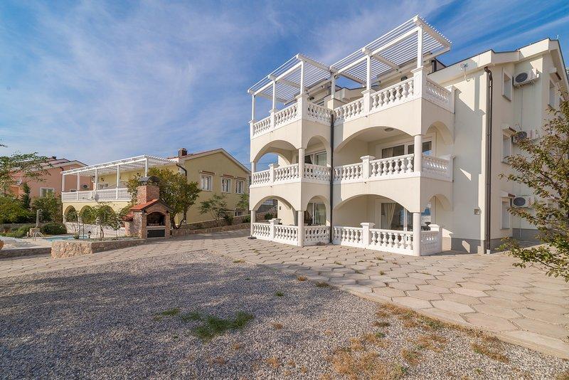 House Adriatic, alquiler de vacaciones en Karlobag