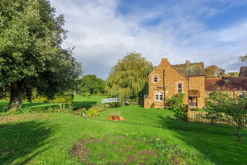 Coachman's Cottage, holiday rental in Old Hunstanton