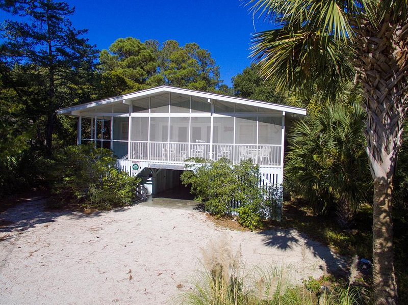 Blue Anchor Pet Friendly Home, alquiler de vacaciones en Pawleys Island
