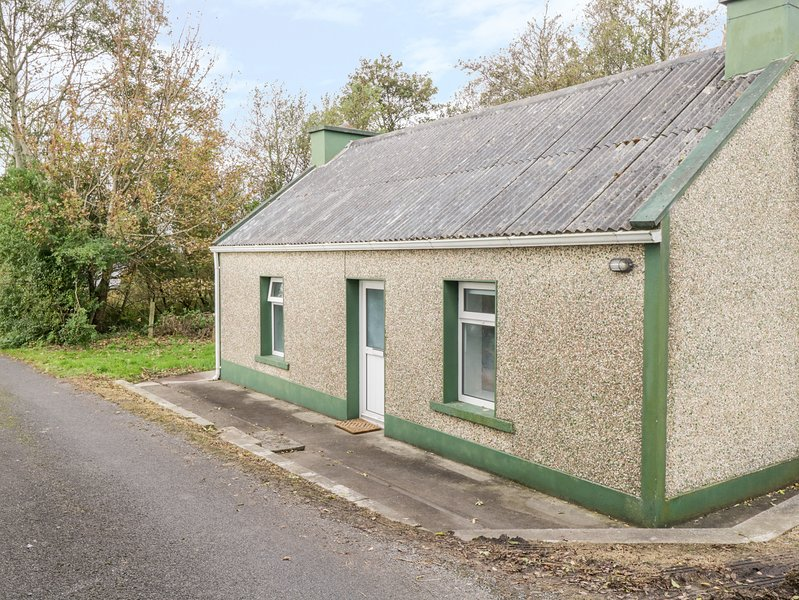 Blainey Cottage, Inver, County Donegal, vacation rental in Laghy