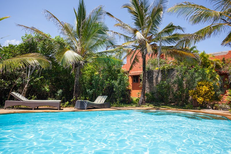 Red House, A tropical beach sensation, holiday rental in Vipingo