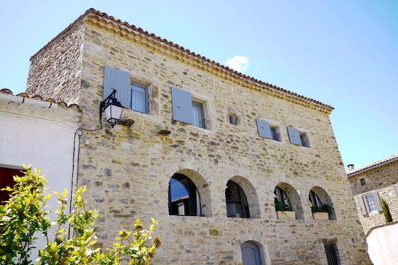 LA MAISON DES VENDANGEURS, CHAMBRE D'HÔTES 'COQUET', holiday rental in Saint-Maurice-de-Cazevieille