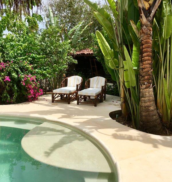 Il patio personale a bordo piscina del Duca.
