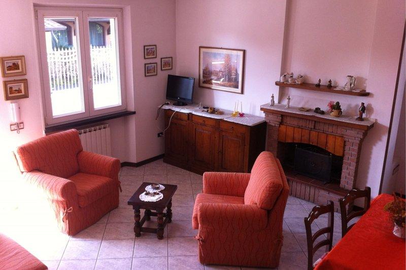 Diva, holiday rental in Poveromo