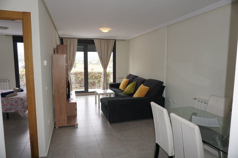 Nice house with garden, holiday rental in Miengo