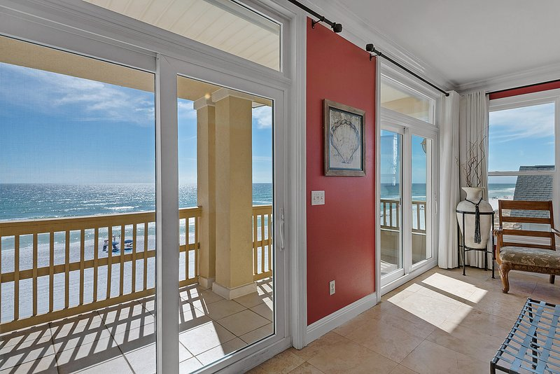 King Master Suite with Breathtaking and Panoramic Views