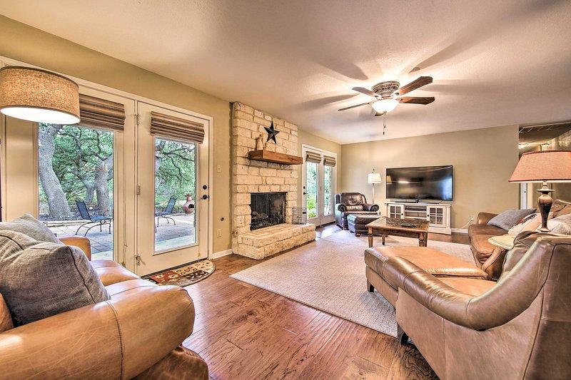 NEW! Hill Country Retreat: ~17 Mi to Dwntwn Austin, location de vacances à Driftwood