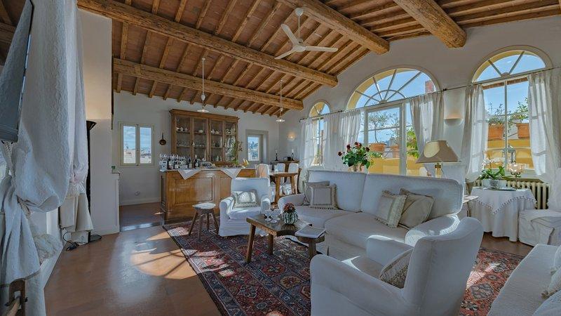 Luxury Visigoti apartment, vacation rental in Florence
