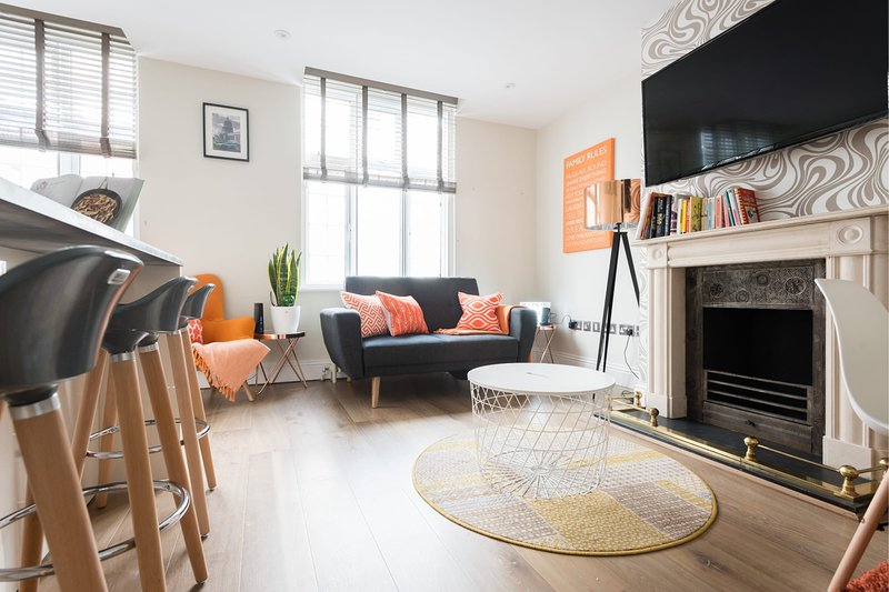 The Oxford Street Studio - Modern 1BDR Apartment close to Paddington, vacation rental in St Johns